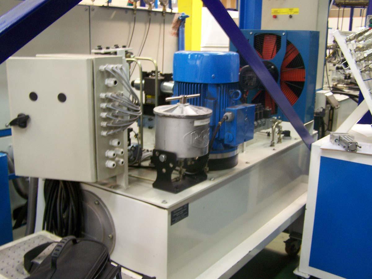 NOS COMPETENCES-RUBRIQUE ADAPTATION MECANIQUE-Gestion-d un-banc-de-test-hydraulique