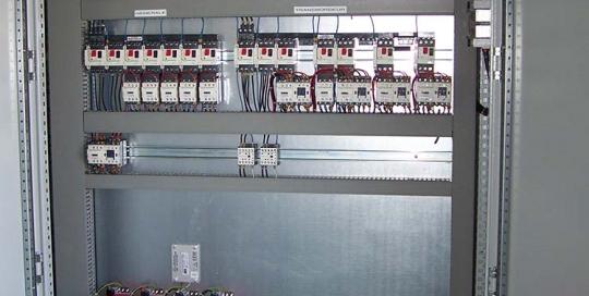 NOS COMPETENCES-RUBRIQUE CABLAGE-Cablage-d armoire-electrique-de-puissance